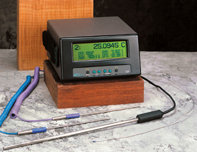 Fluke 1529 便携式测温仪